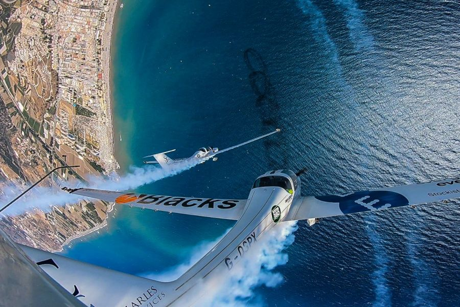 Malaga - Over 300,000 enjoy spectacular aeroSPARX display